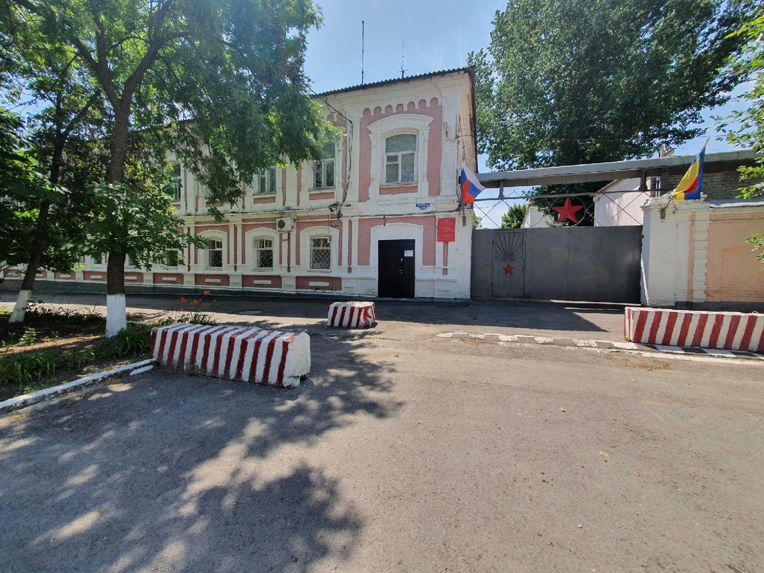 Сотрудник военкоматов Каменска-Шахтинского и Донецка за взятки помогал «откашивать» от армии