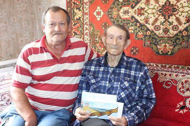 Сегодня поздравления с 90-летним юбилеем принимает труженик тыла Иван Маркович Шишкалов
