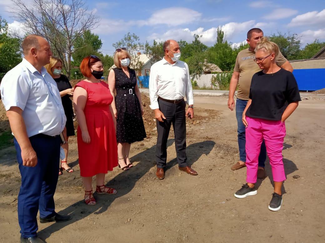 Ремонт дороги в Лиховском отстает от графика