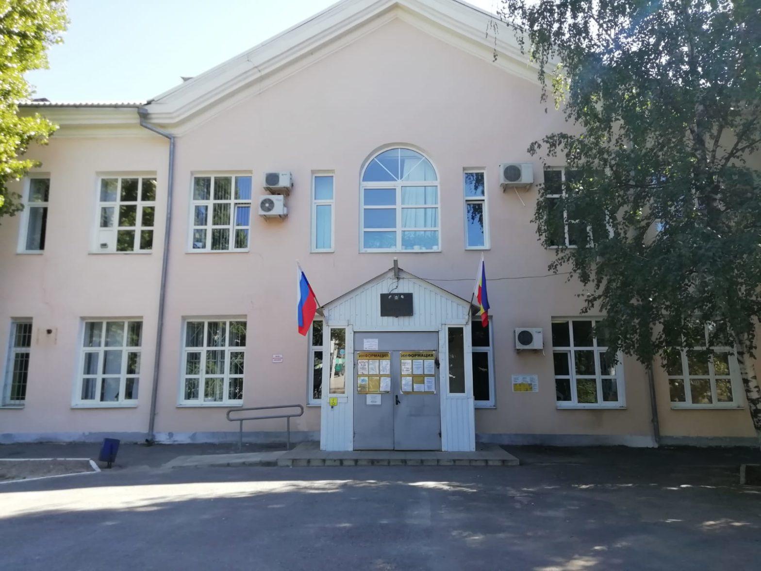 Главный врач ЦГБ Каменска рассказал о проблеме с медицинскими кадрами