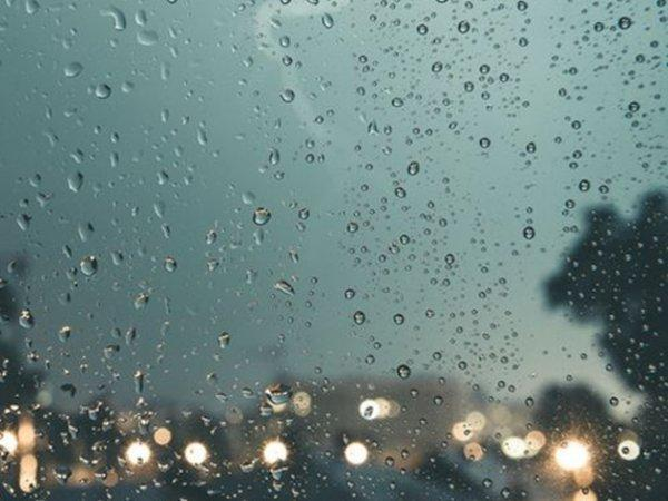 В Каменском районе в ближайшее время ожидаются град, гроза и ураганный ветер