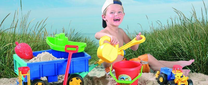 В магазине детских товаров «Ваш малыш» поступление летних игрушек