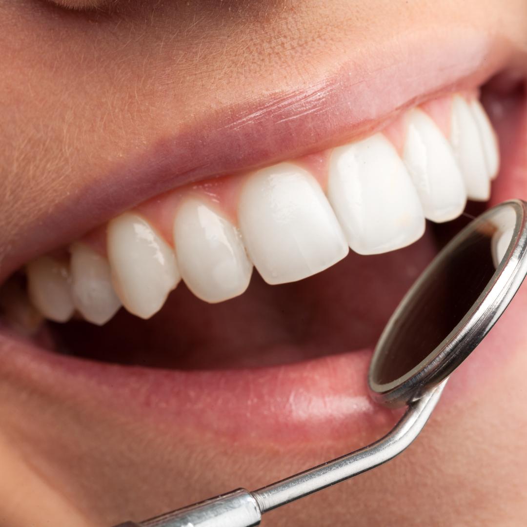 Стоматологический центр «Стоматолог и Я» приглашает вас на лечение зубов