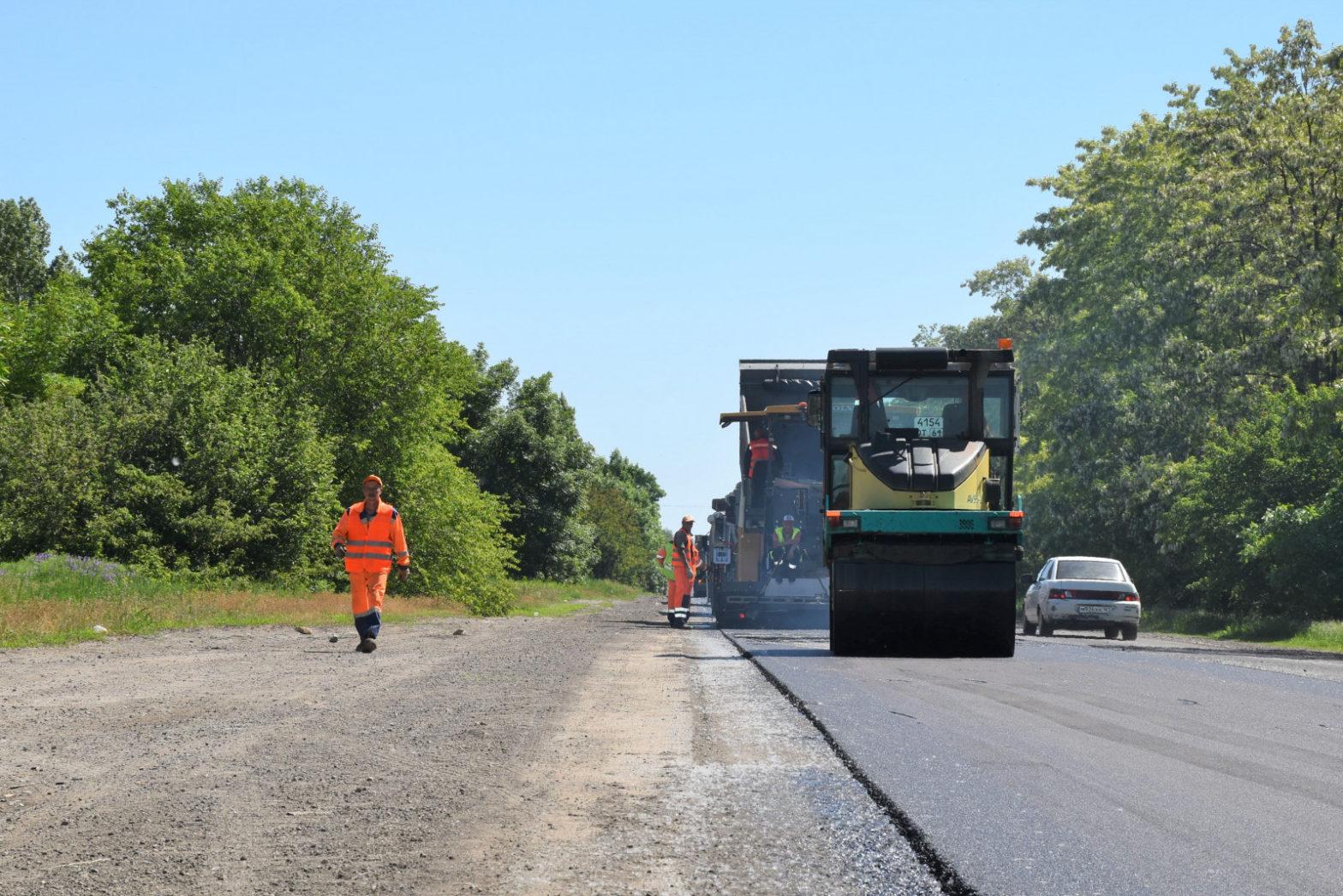 На восстановление автодороги Каменск-Шахтинский – Малая Каменка направлено более 53 млн рублей
